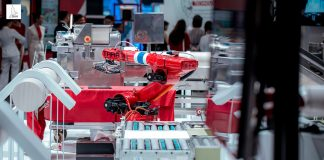 TARA หุ่นยนต์ ผู้ประกอบการระบบอัตโนมัติและหุ่นยนต์