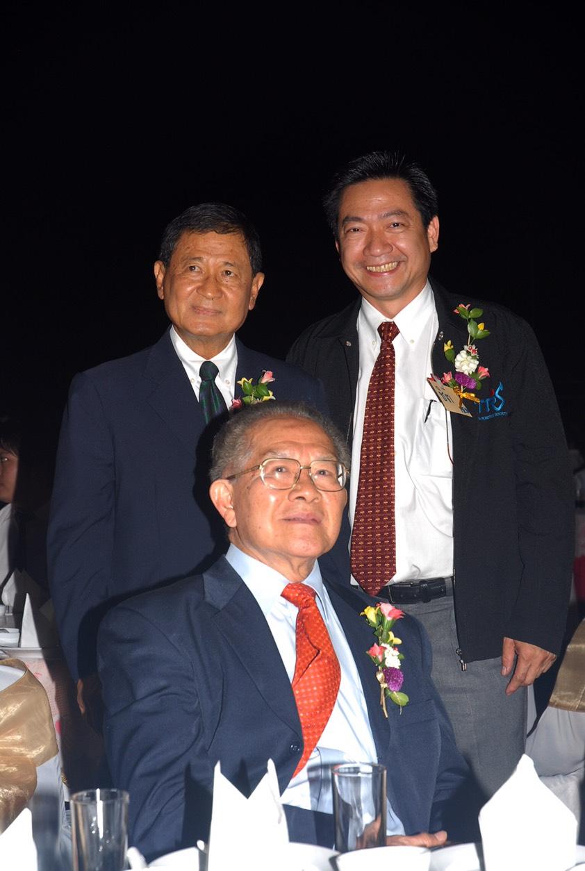 ดร.ชิต เหล่าวัฒนา มหาวิทยาลัยเทคโนโลยีพระจอมเกล้าธนบุรี