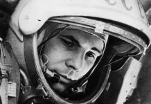 Yuri Gagarin นักบินอวกาศ