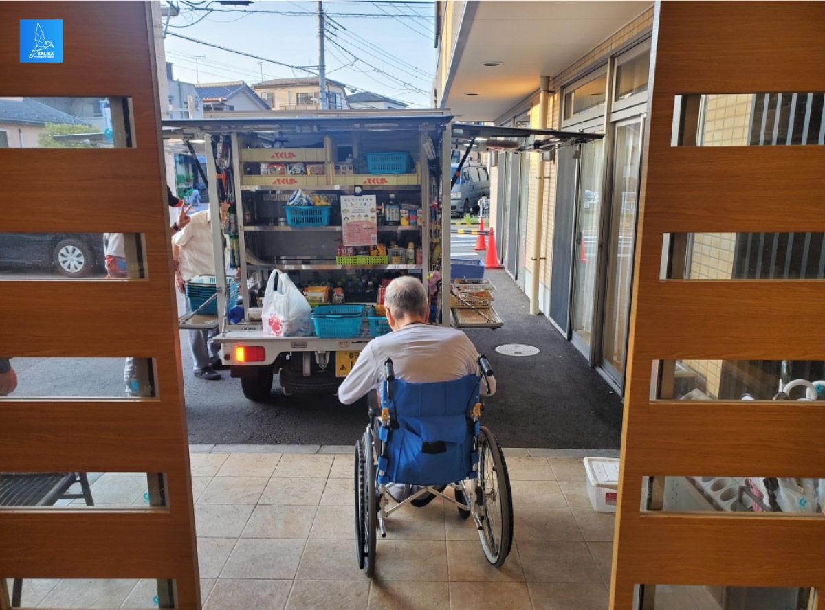 รถกับข้าว รถพุ่มพวง สังคมสูงวัย ญี่ปุ่น
